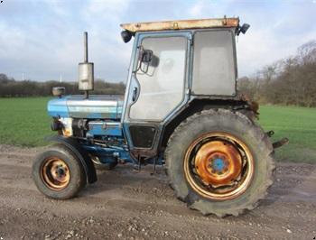 Ford 4110 Narrov smalspors traktor