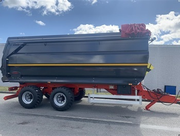 Agrofyn Trailers 15 tons bagtipvogn