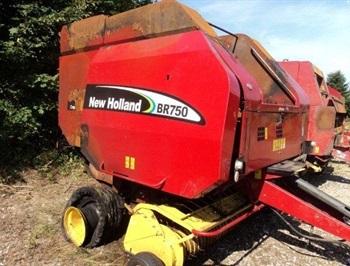 New Holland BR750 ophug  Used spareparts