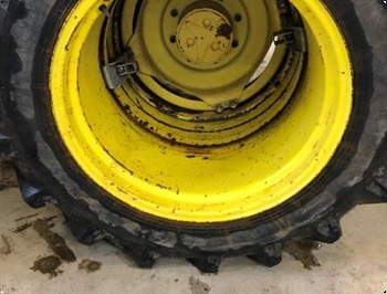 Dunlop 149R28