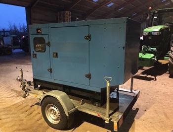John Deere 60 KVA p trailer