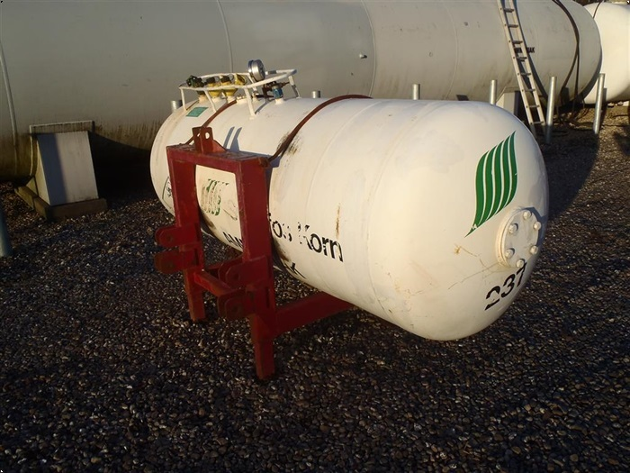 Dalsø 800 kg fronttank