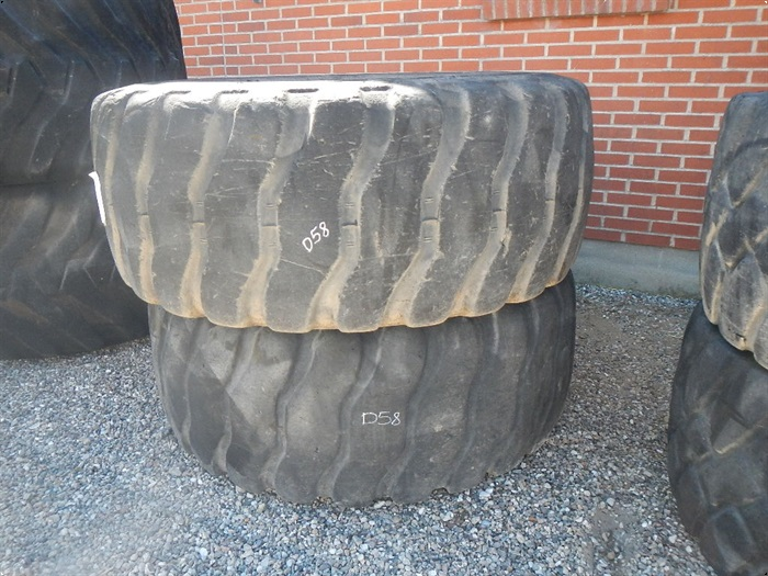 Bridgestone V-Steel L-Traction Radial