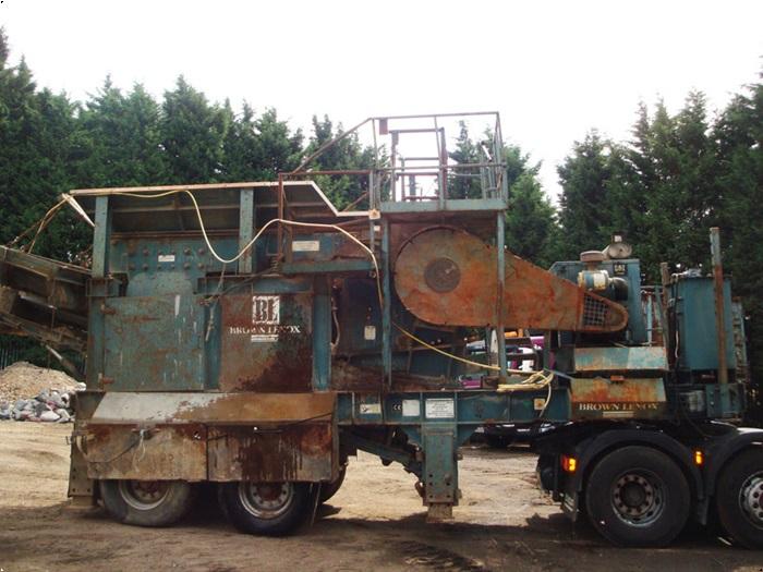 Brown Lenox 800x450 - På hjul