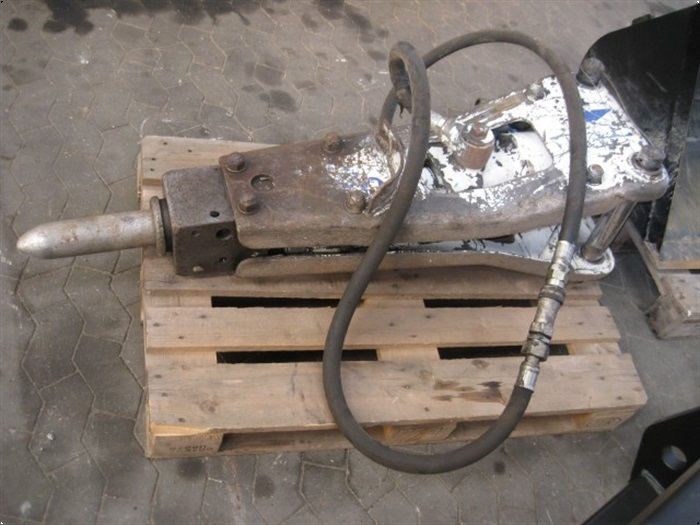 - - - BV hydr hammer